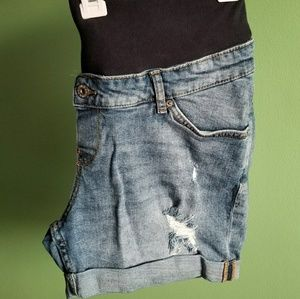 H&M MAMA Maternity Shorts